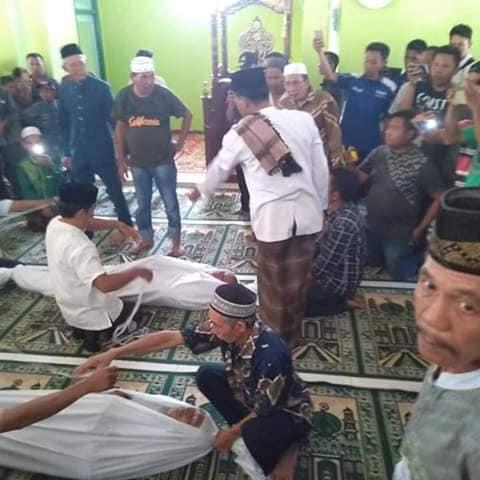 Prosesi Sumpah Pocong Warga Kecamatan Margatiga Lampung Timur