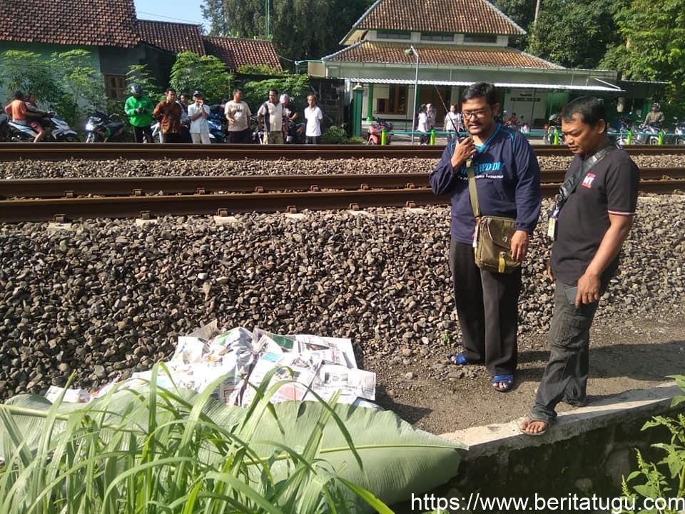 Seorang wanita tewas tertabrak kereta api di palang perlintasan Tegalyoso,Banyuraden Gamping