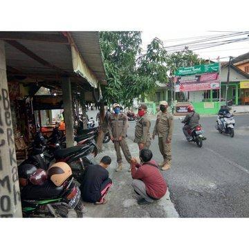 Jajaran Satpol PP, Kodim 0729, Polres dan Dishub Kabupaten Bantul melaksanakan Patroli Gabungan menjelang buka puasa di seluruh wilayah Bantul